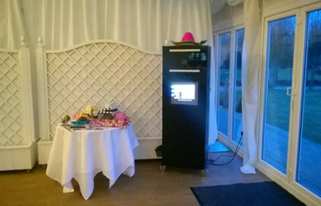 photo booth pod hire